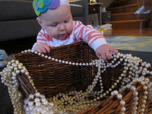 Thrifty quick sensory play for baby