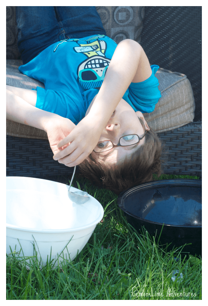 Ice Toss Sensory Play