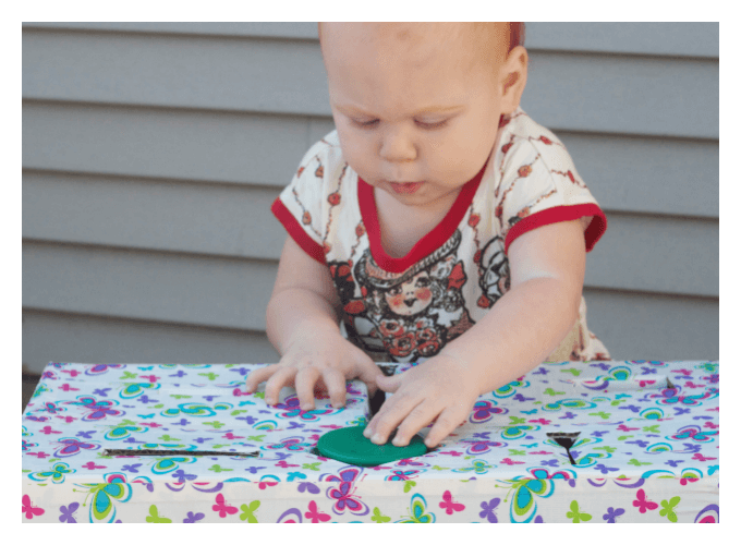 Lids Fine motor Play for babies