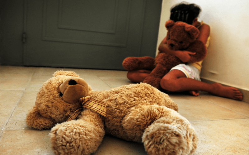 15 Proven Strategies that go Beyond Words to Calm an Anxious Child
