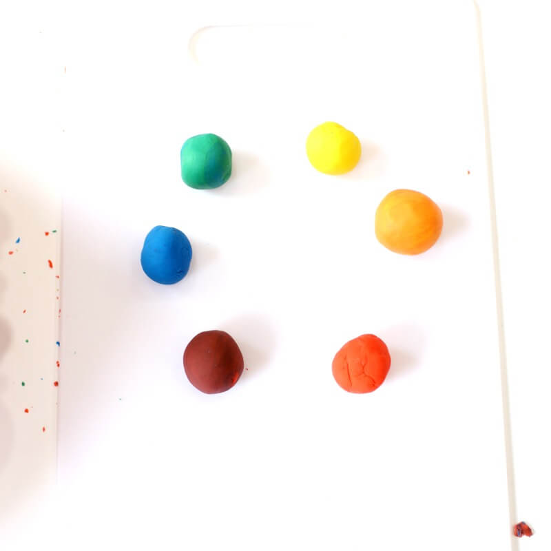 color mixing with playdough set up