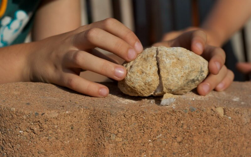 Cracking Geodes with Kids