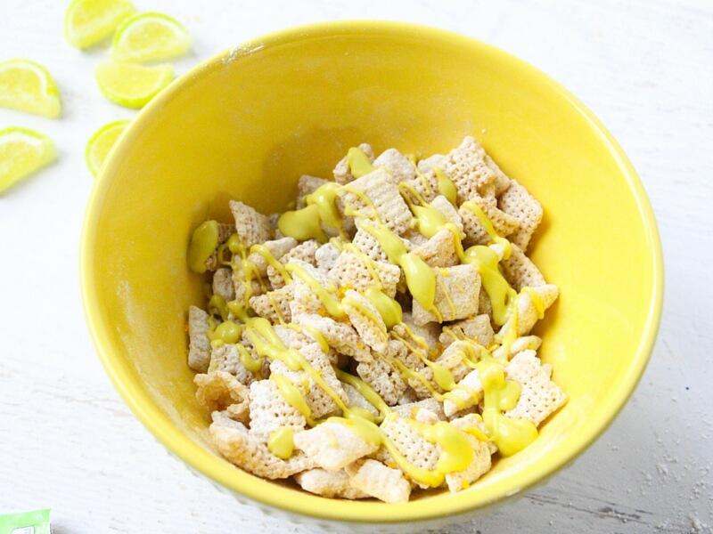 how to make lemon lime trail mix (2)