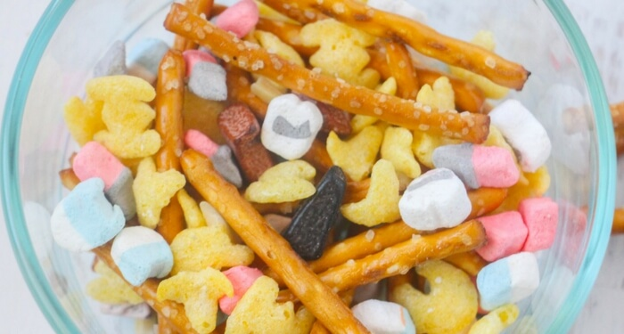 Super Crunchy Star Wars Trail Mix