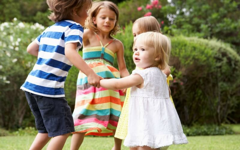 3 Simple Ways to Help Toddlers Get Along
