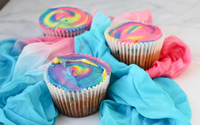 Totally Awesome Tie-Dye Cupcakes